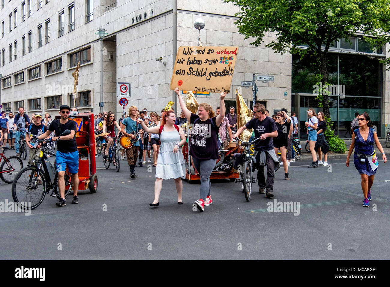 Germany,Berlin-Mitte, 27th May 2018. Anti AfD protesters march to Barndenburg Gate in day of Protests and counter protests.                            - Stock Image