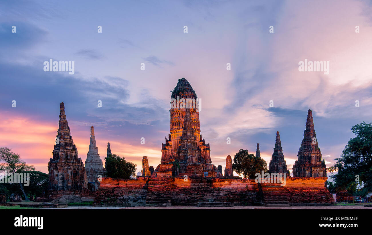 Wat Chaiwatthanaram, a Buddhist temple in the city of Ayutthaya Historical Park, Thailand, on the west bank of the Chao Phraya River, outside Ayutthay Stock Photo
