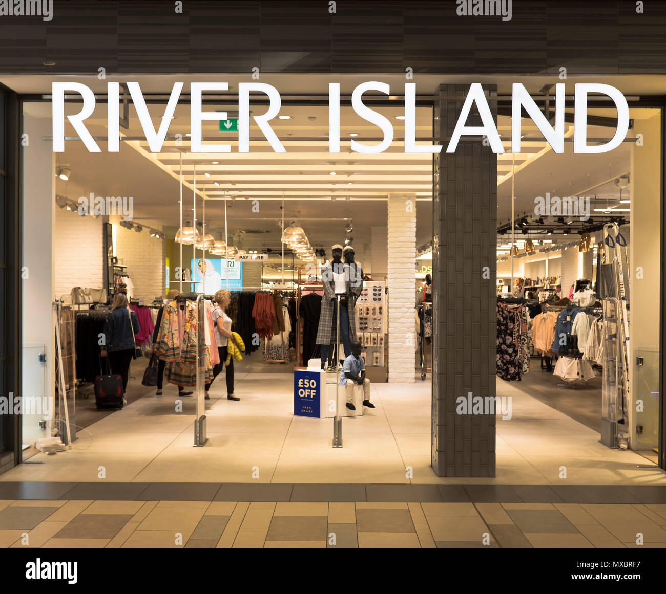 af7a5cd61 dh River Island store SHOPS UK Aberdeen Shop Union Square clothing front shops  clothes