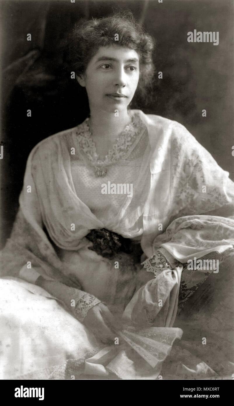 . Madeline McDowell Breckinridge . circa 1900. unattributed 386 Madeline McDowell Breckinridge c1900 - Stock Image