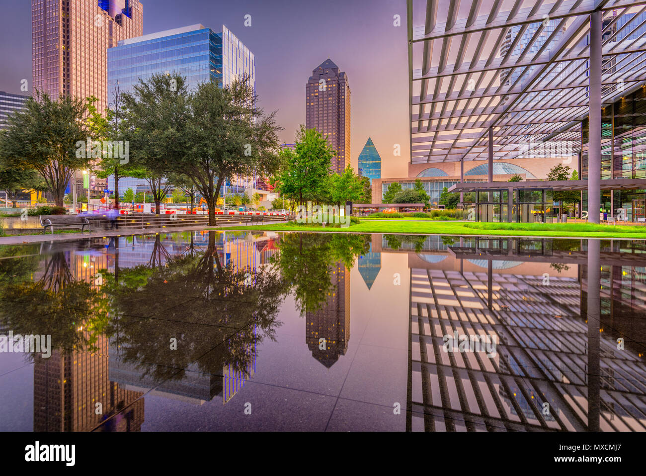 Dallas, Texas, USA downtown plaza and cityscape at twilight. - Stock Image