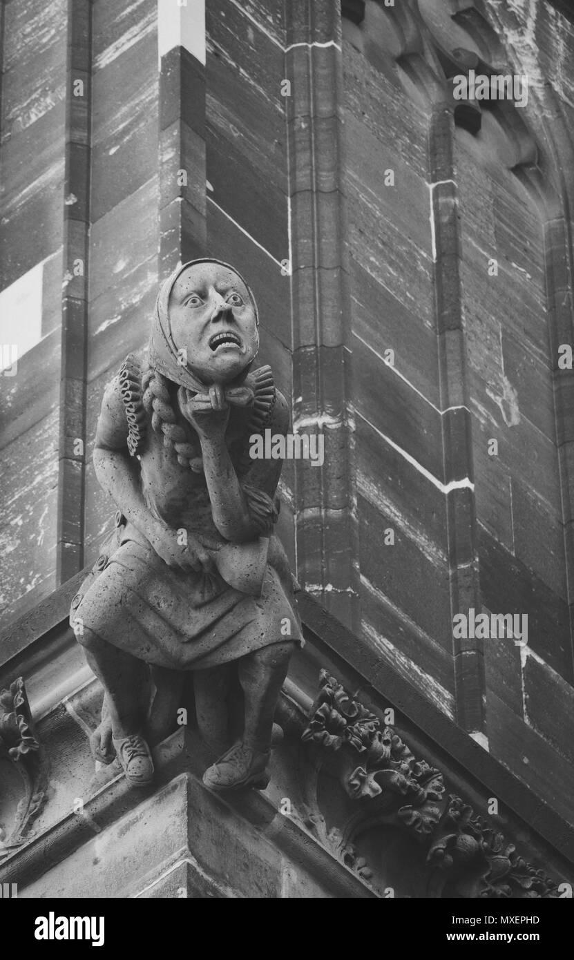 Gargoyle Black and White Stock Photos & Images - Alamy