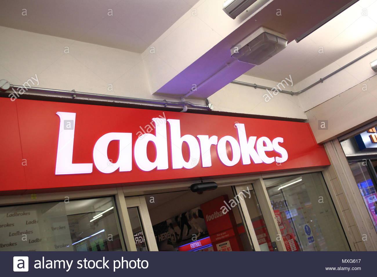 Baraboo payday loans photo 2