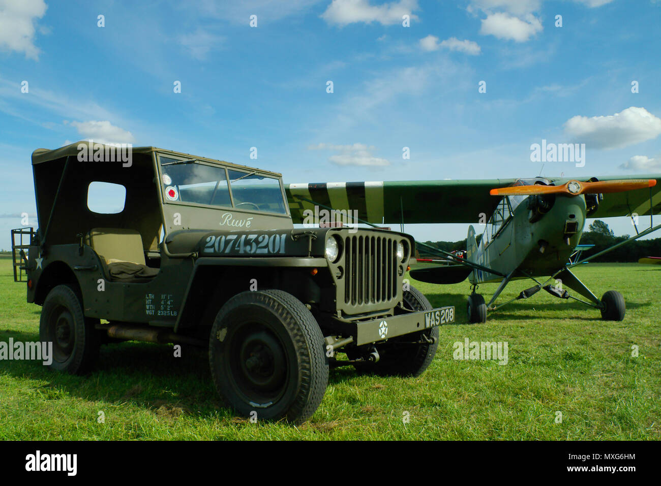jeep willys mb stock photos jeep willys mb stock images. Black Bedroom Furniture Sets. Home Design Ideas