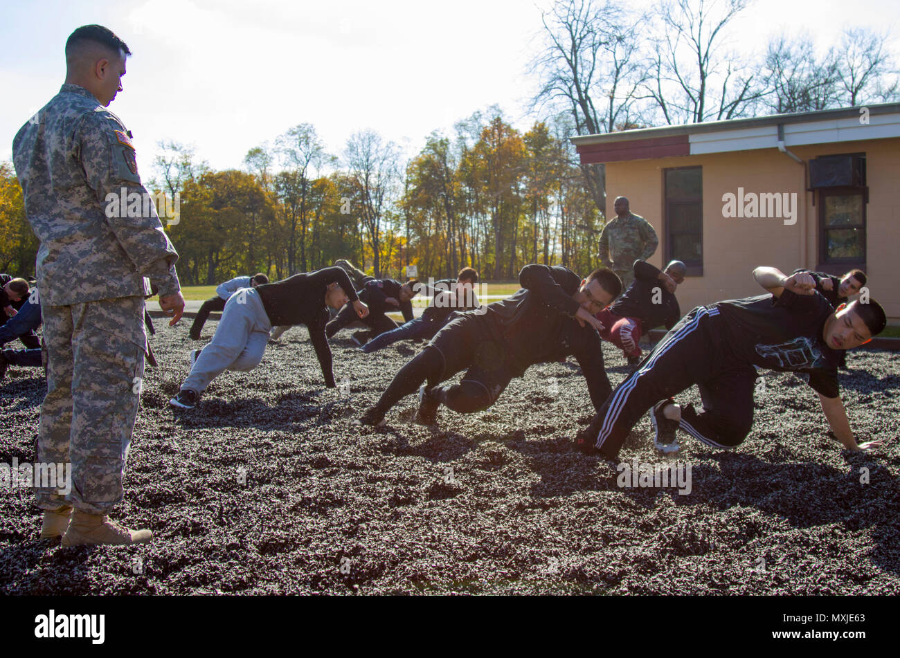 New York Army National Guard recruiters, set up new soldiers for success by going over military basics on Nov. 5, 2016, at Camp Smith, N.Y.  during a program for members of the Recruit Sustainment  Program. (U.S. Army National Guard photo by Spc. Jonathan Pietrantoni) Stock Photo
