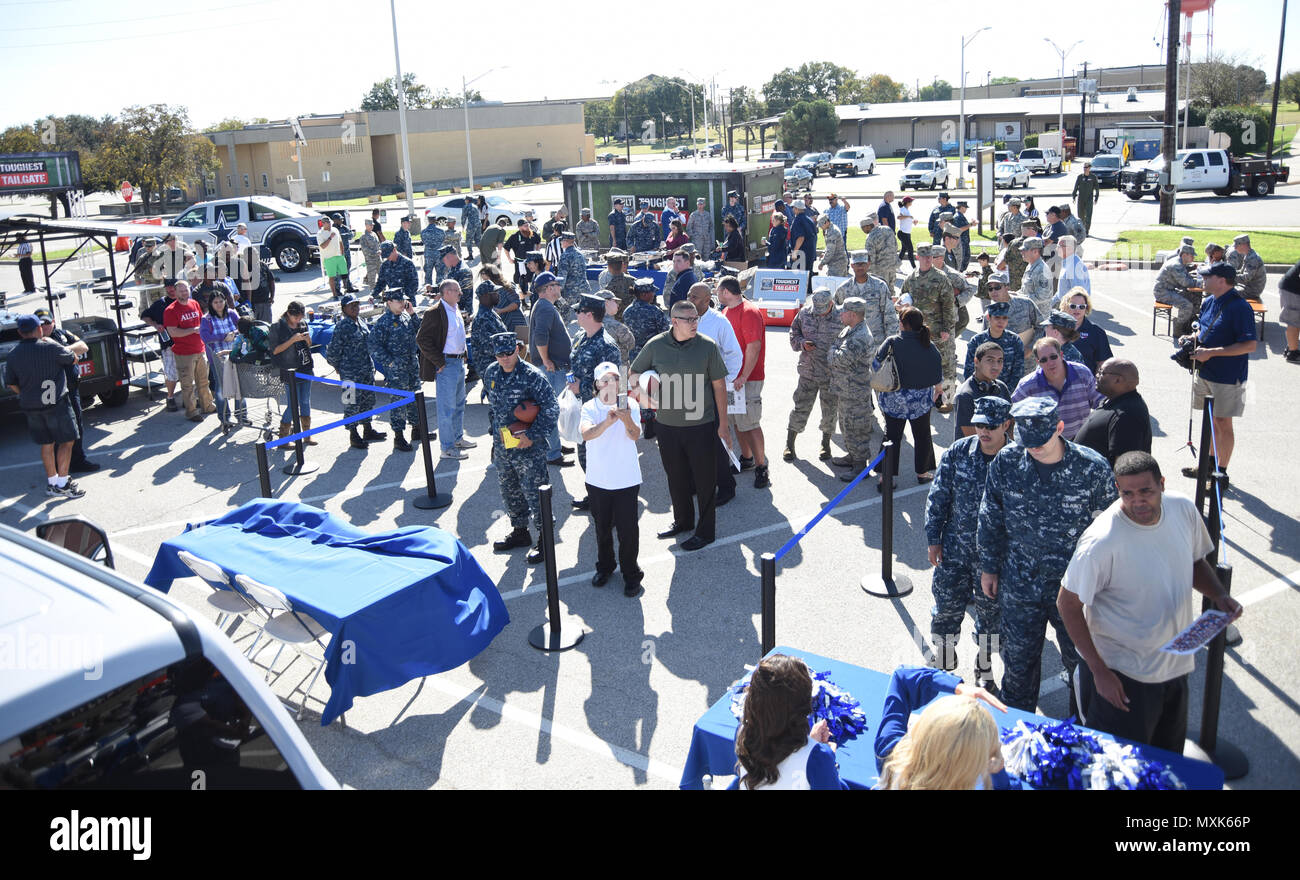 The built ford tough tailgate and dallas cowboys barbecue kicks off the built ford tough tailgate and dallas cowboys barbecue kicks off at naval air station fort worth joint reserve base texas nov 17 2016 m4hsunfo