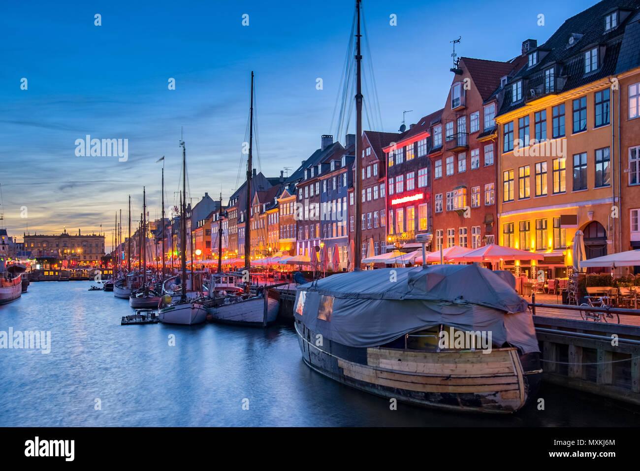 Copenhagen city skyline with view of Nyhavn in Copenhagen, Denmark. - Stock Image