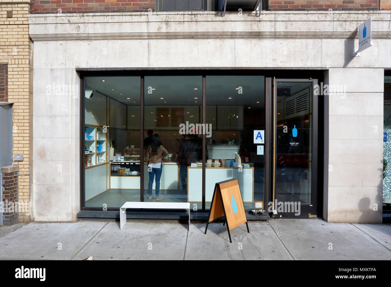 Blue Bottle Coffee, 101 University Pl, New York, NY - Stock Image
