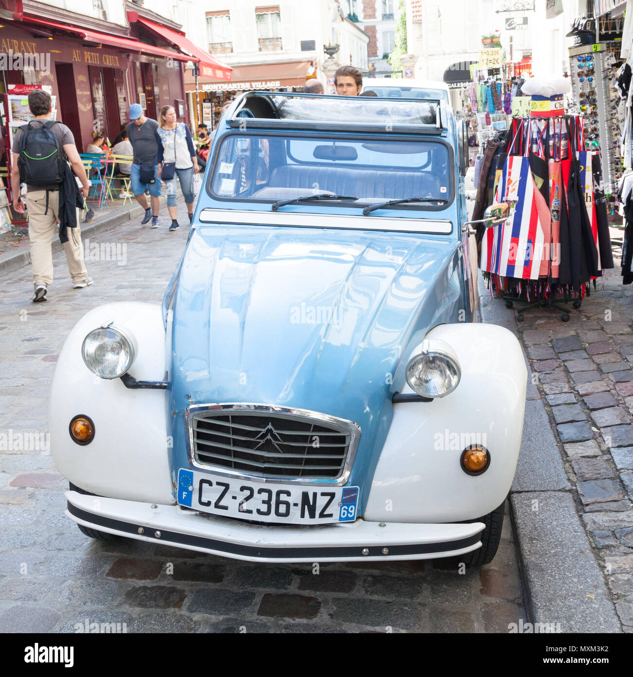 classic citroen 2cv vintage french car stock photos  u0026 classic citroen 2cv vintage french car