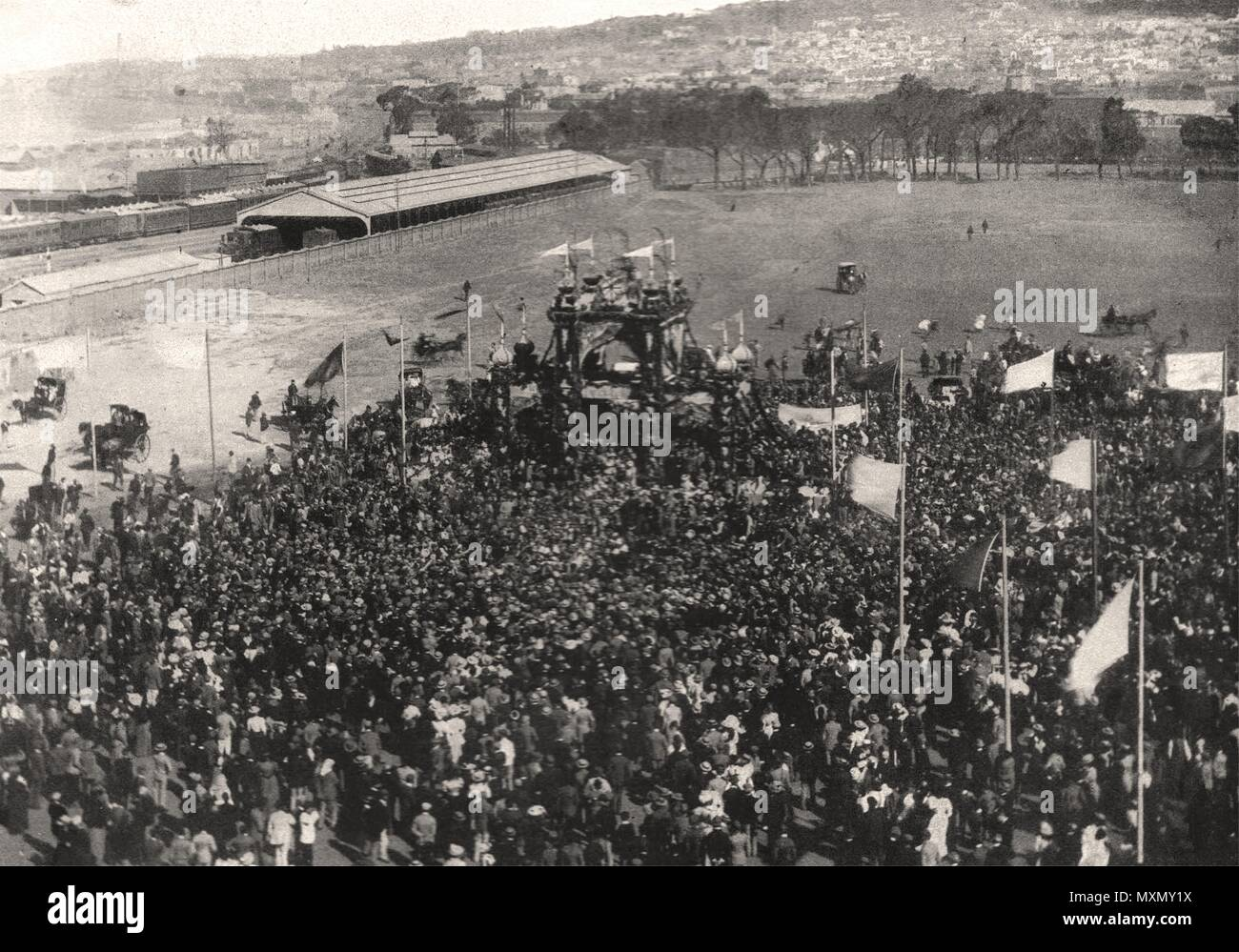 Address to Cecil Rhodes on the Parade, Cape Town. South Africa 1897. The Illustrated London News - Stock Image