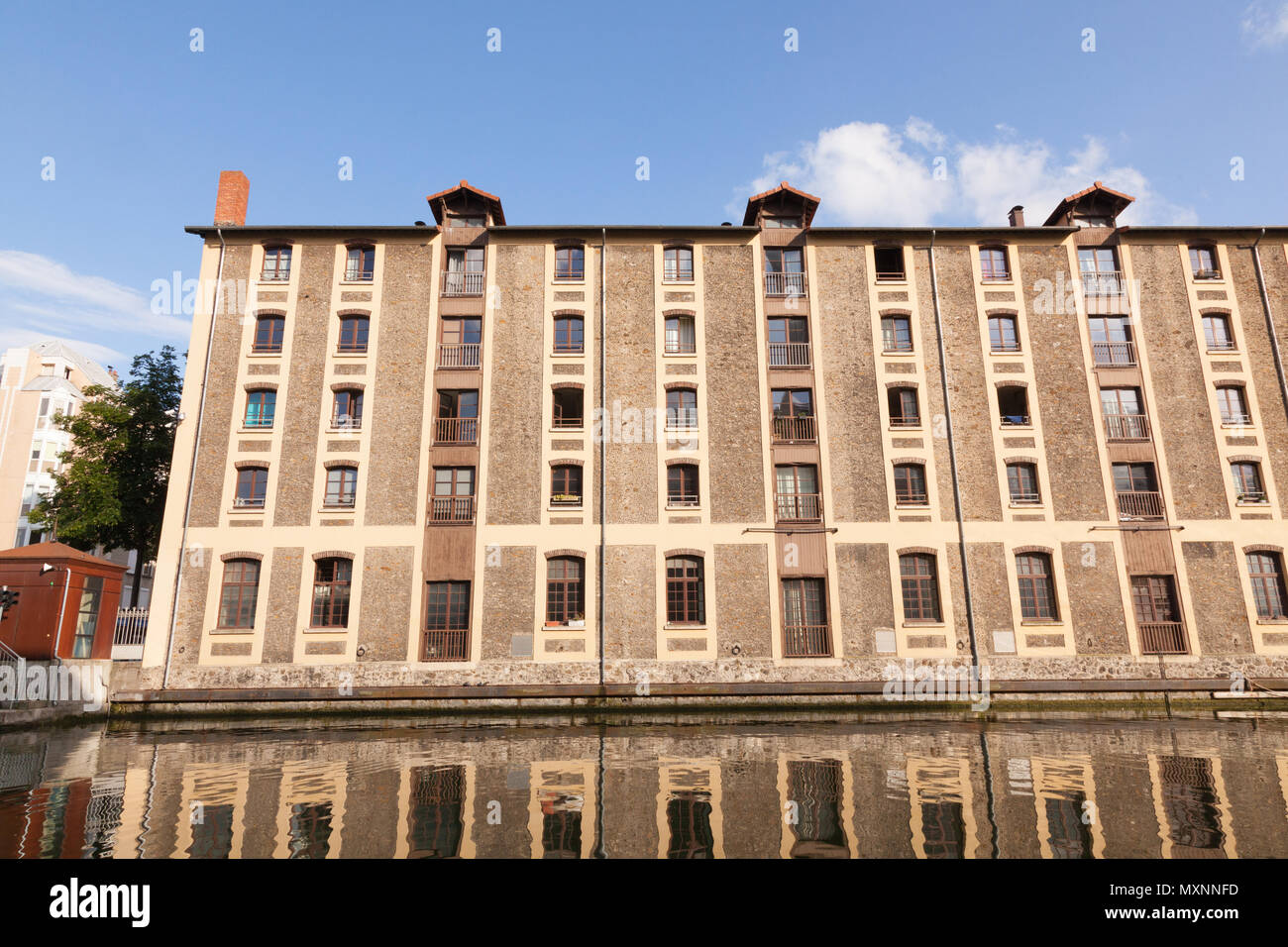 Old warehouse, La Villette basin, Paris, France - Stock Image