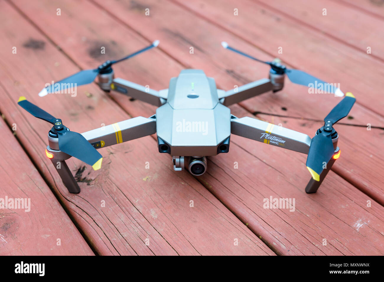 WILLIAMSBURG, VIRGINIA, USA - CIRCA DECEMBER 2017: A DJI Mavic Pro Platinum drone. - Stock Image