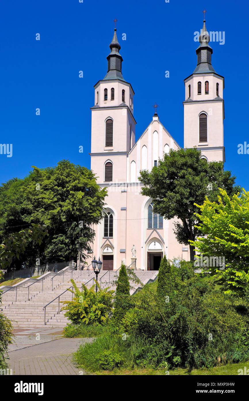 Piatnica, Podlaskie / Poland - 2018/05/30: The transfiguration parish church in the town center of Piatnica, Lomza region, in north-eastern Poland - Stock Image