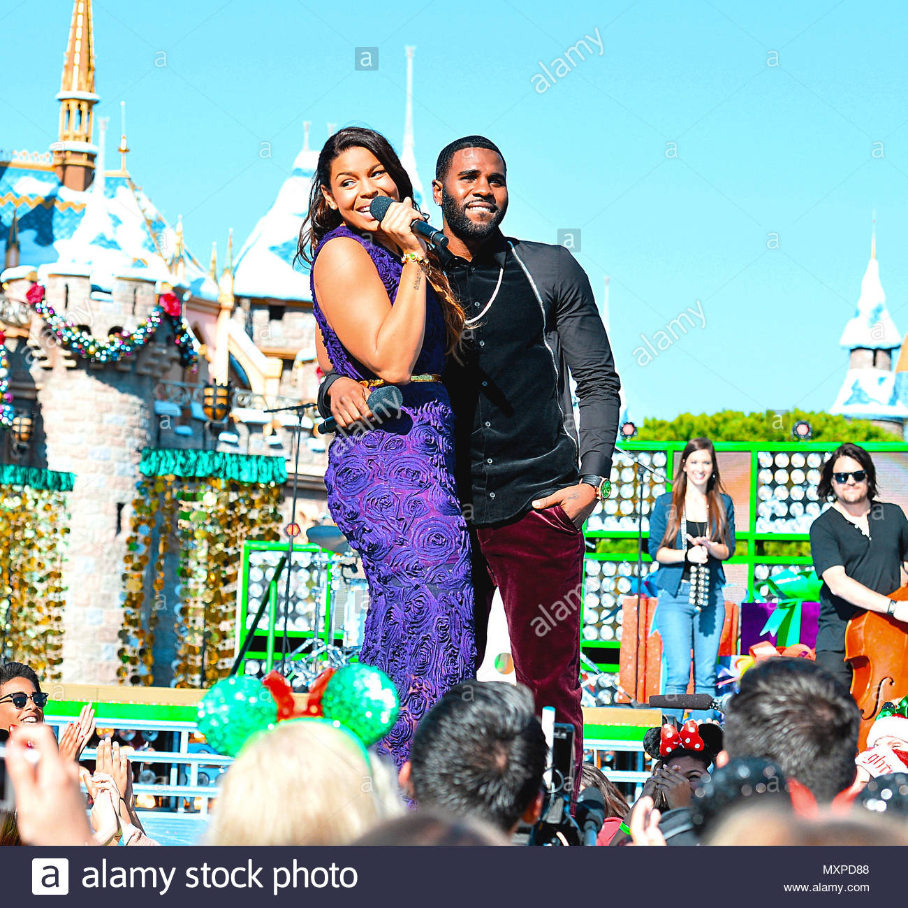 jordin sparks and reported fiance jason derulo pre taped a performance for the disney parks christmas day parade tv christmas special which airs on abc at