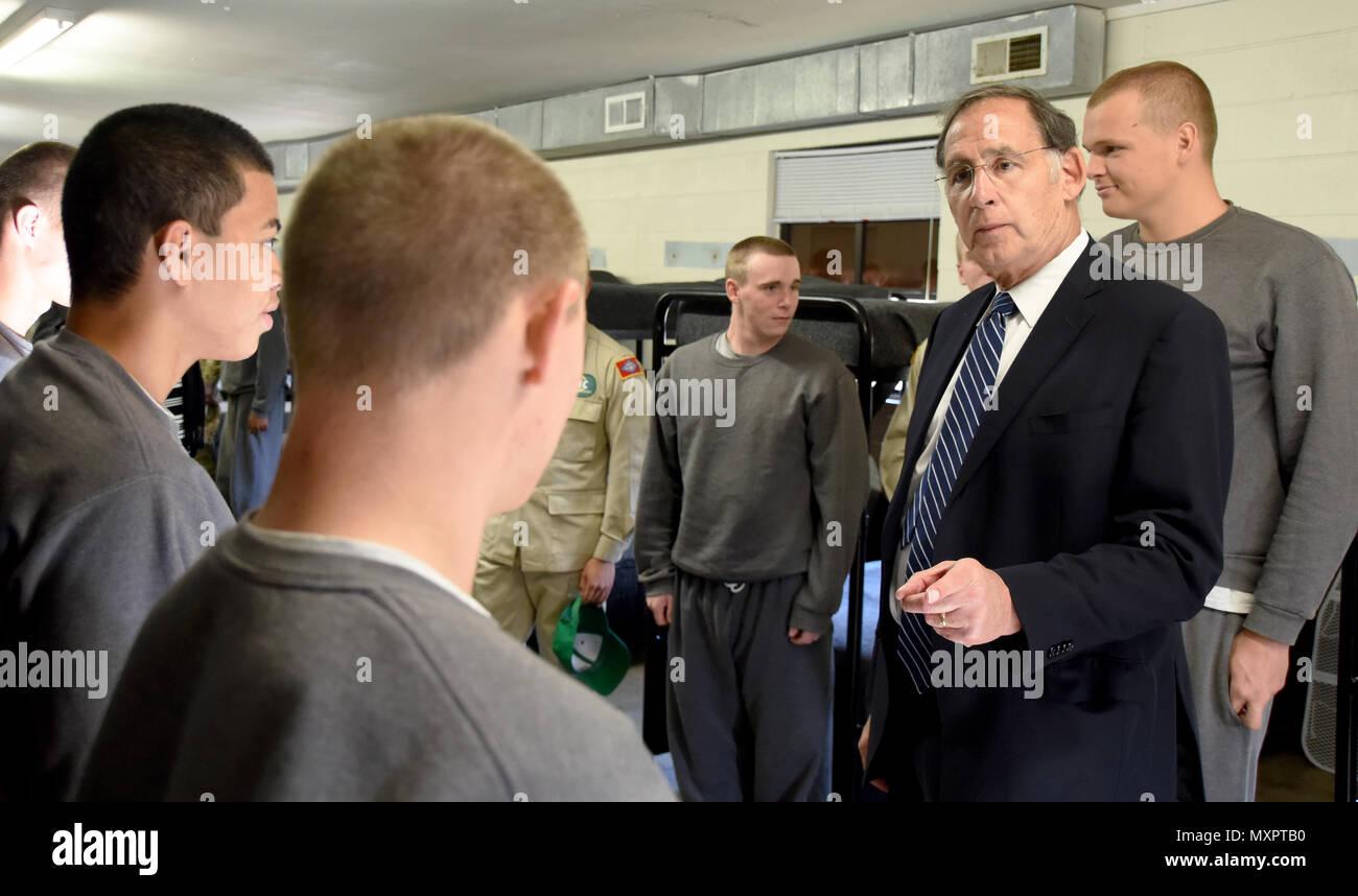 Senator John Boozman visited with Cadets of the Arkansas