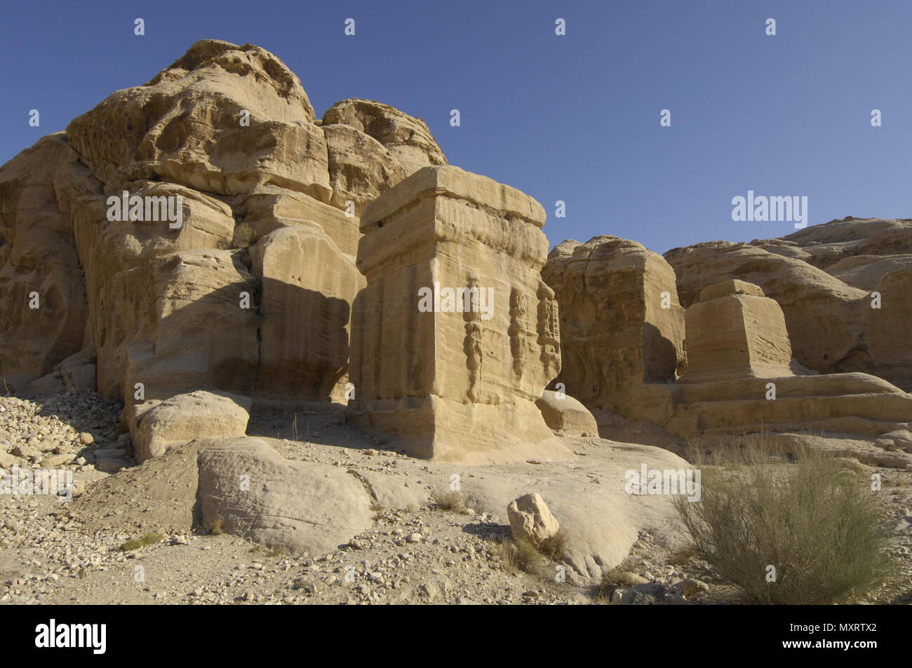 Rock grave at Petra / Jordan   Felsengrab in Petra /Jordanien Stock Photo
