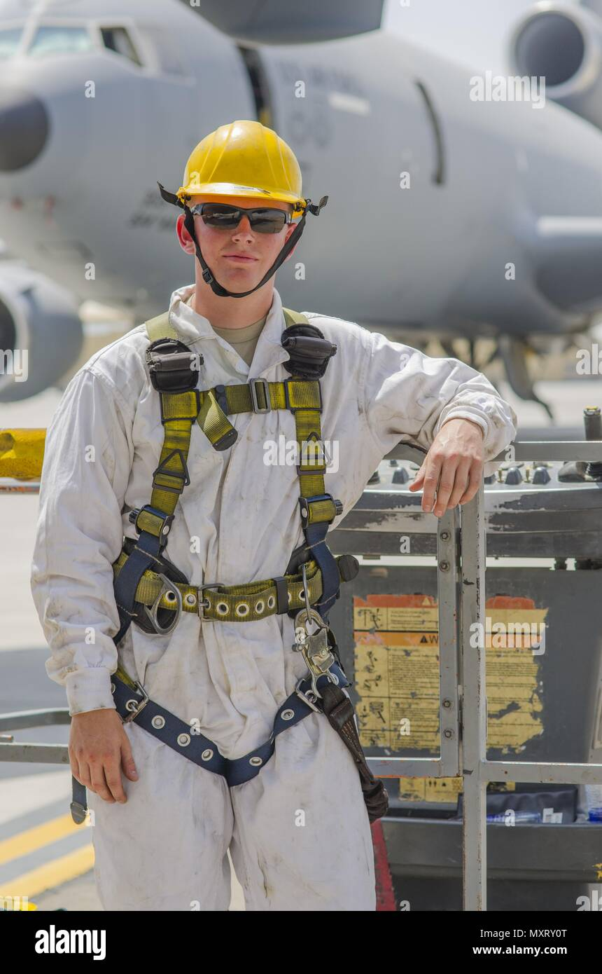 Airman 1st Class Ryan Hobbs, 380th KC-10 crew chief, after completing an intake and exhaust inspection on engine 2 of a KC-10 aircraft, Al Dhafra Air Base, United Arab Emirates, May 29, 2018, May 29, 2018. As a crew chief Hobbs conducts inspections and repairs KC-10 engines. (U.S. Air Force photo by Staff Sgt. Ross A. Whitley). () - Stock Image