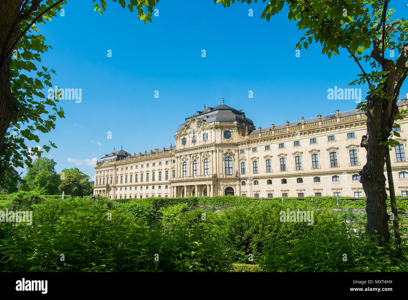 Hofgarten garden and Würzburger Residenz, Würzburg, Bavaria, Germany Stock Photo