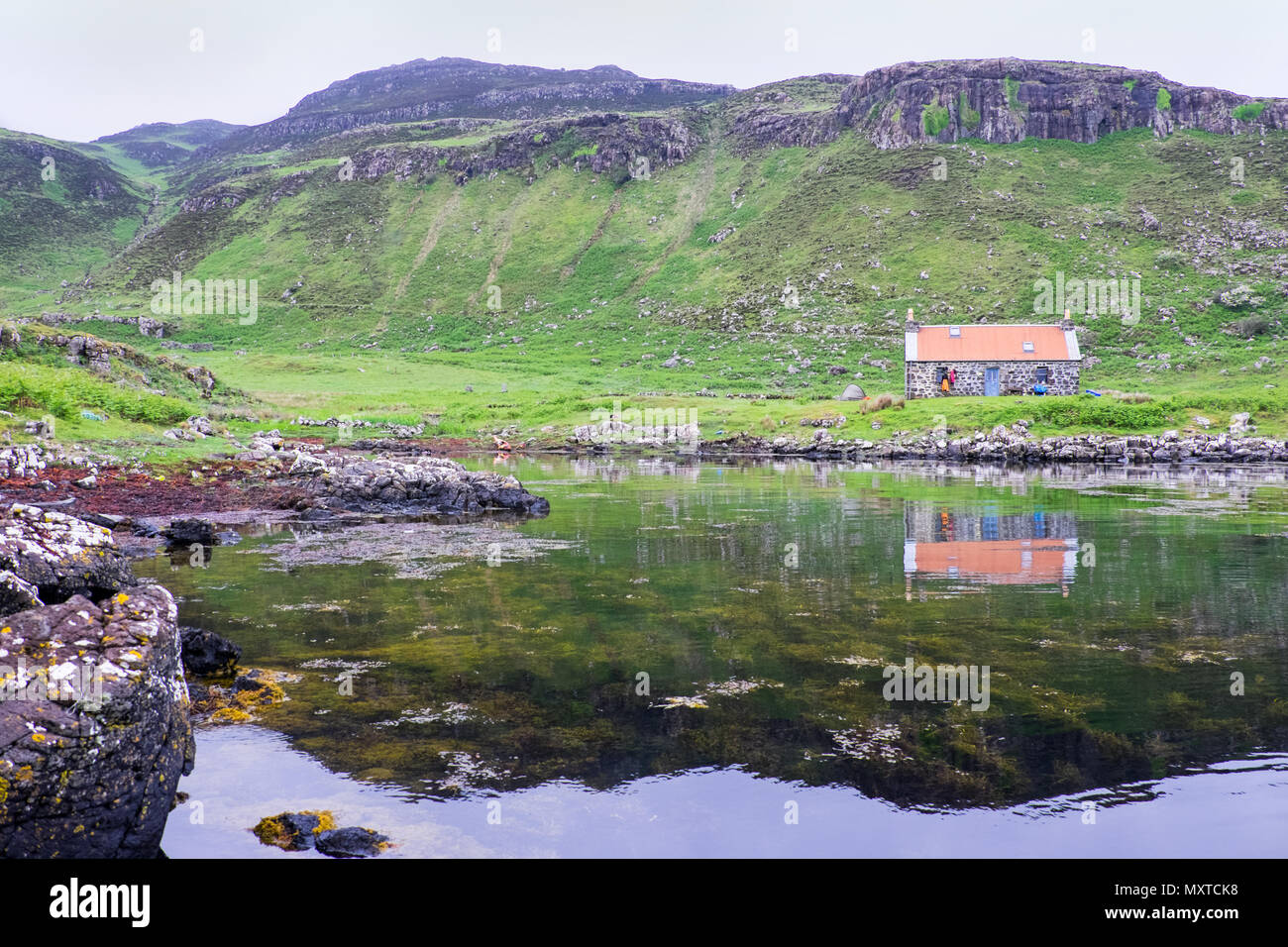 Remote cottage / bothy on The island of Ulva on the west coast of Scotland - Stock Image