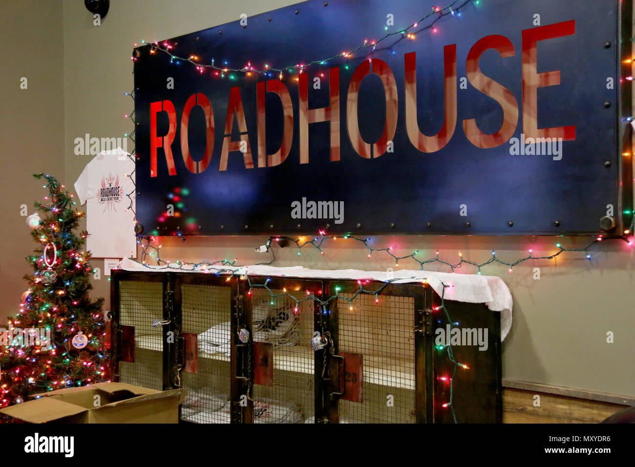 The Roadhouse set the scene for the Single Marine Program\'s annual ...