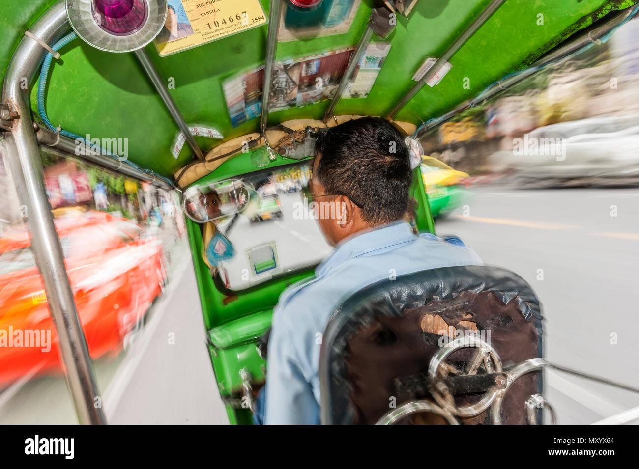 Tuk-Tuk driver, Bangkok, Thailand - Stock Image