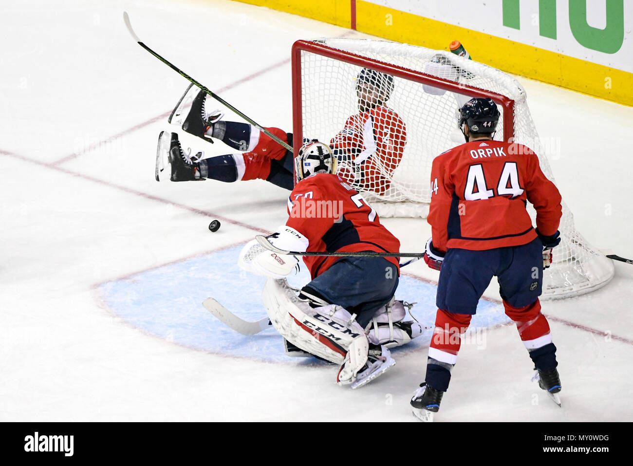 f77f7363c0f Braden Holtby Stock Photos   Braden Holtby Stock Images - Alamy