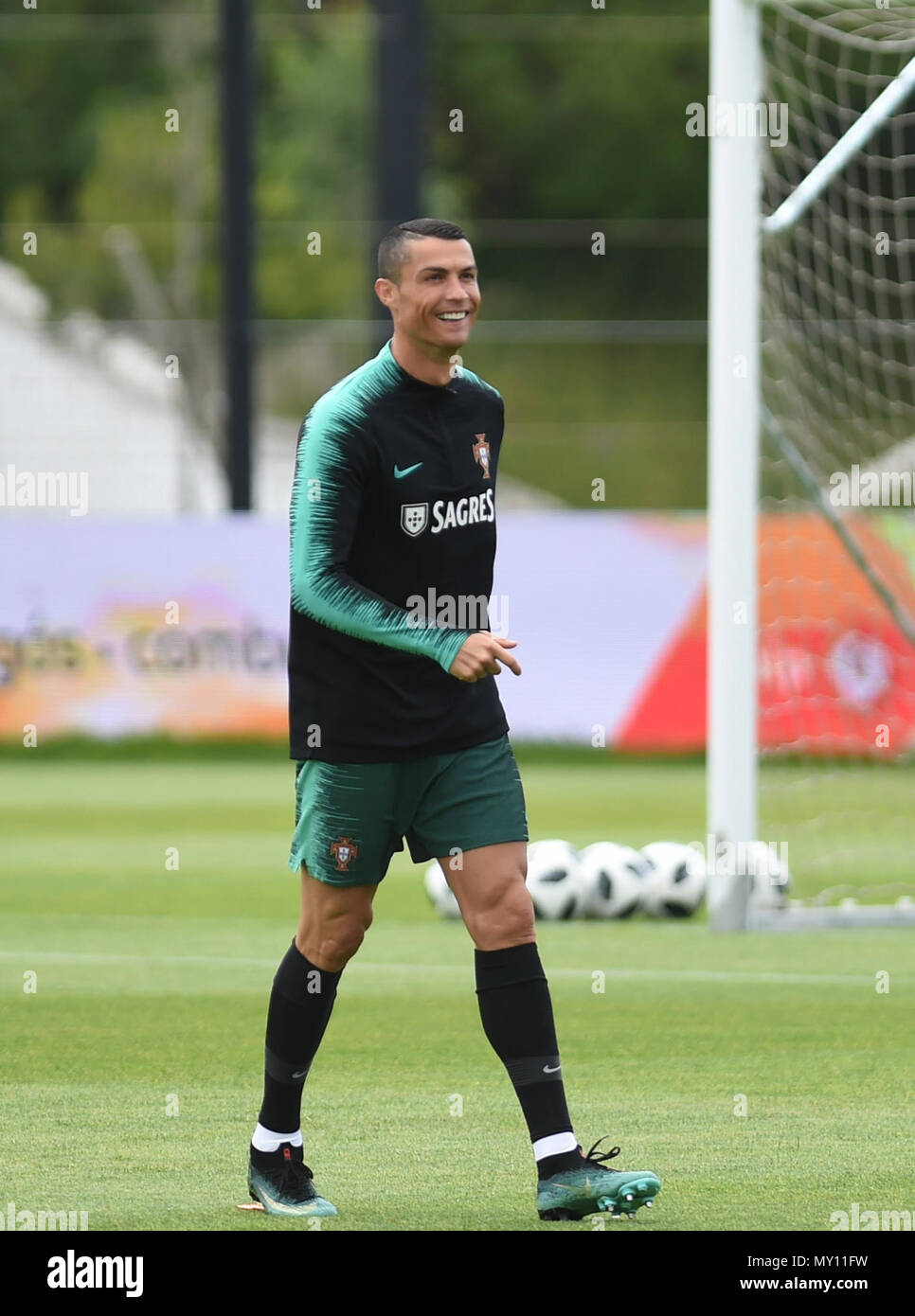 Oeiras Portugal 5th June 2018 Portugals Cristiano Ronaldo Reacts During A Training