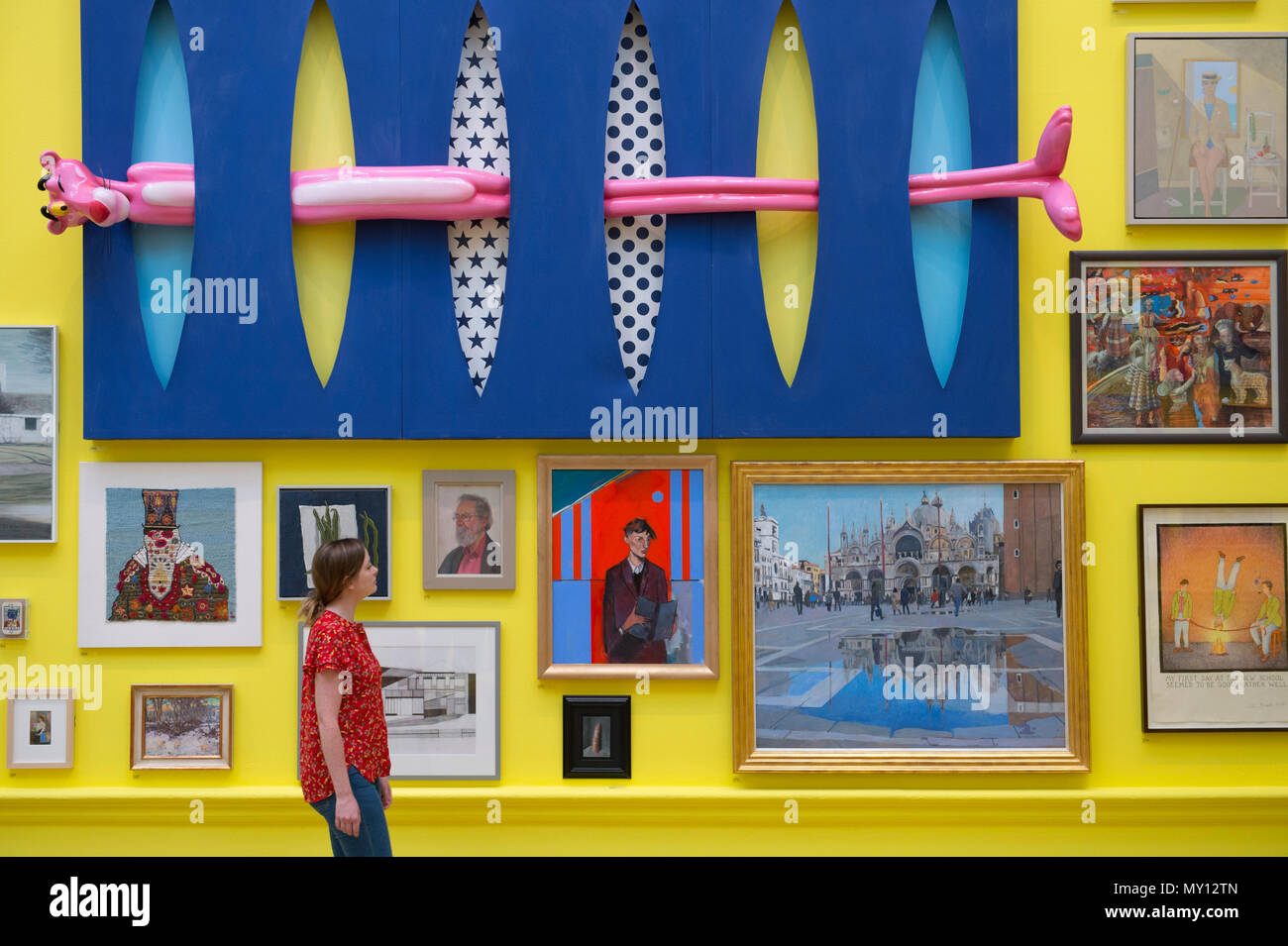 Burlington House, London, UK. 5 June, 2018. The Royal Academy's annual Summer Exhibition celebrates its 250th anniversary. To mark this momentous occasion, the exhibition is co-ordinated by Grayson Perry RA, who, with his committee of fellow artists have handpicked over 1,300 artworks in an array of mediums. Photo: Infinity, Olga Lomaka, £58,500. Credit: Malcolm Park editorial/Alamy Live News - Stock Image