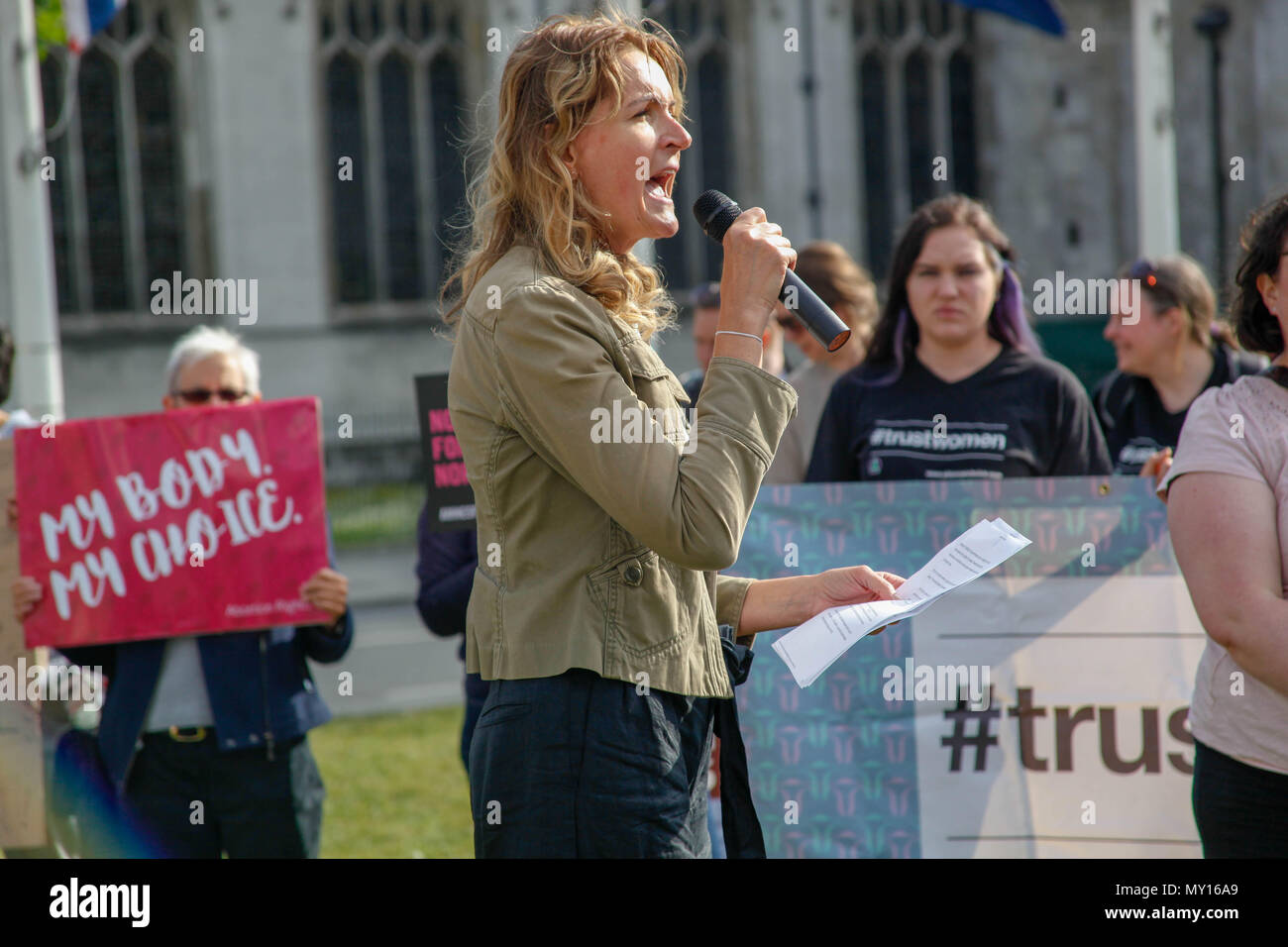 London, UK. 5th June, 2018. Women's Equality Party Leader Sophie Walker at a Protest for Abortion in Northern Ireland Credit: Alex Cavendish/Alamy Live News Stock Photo