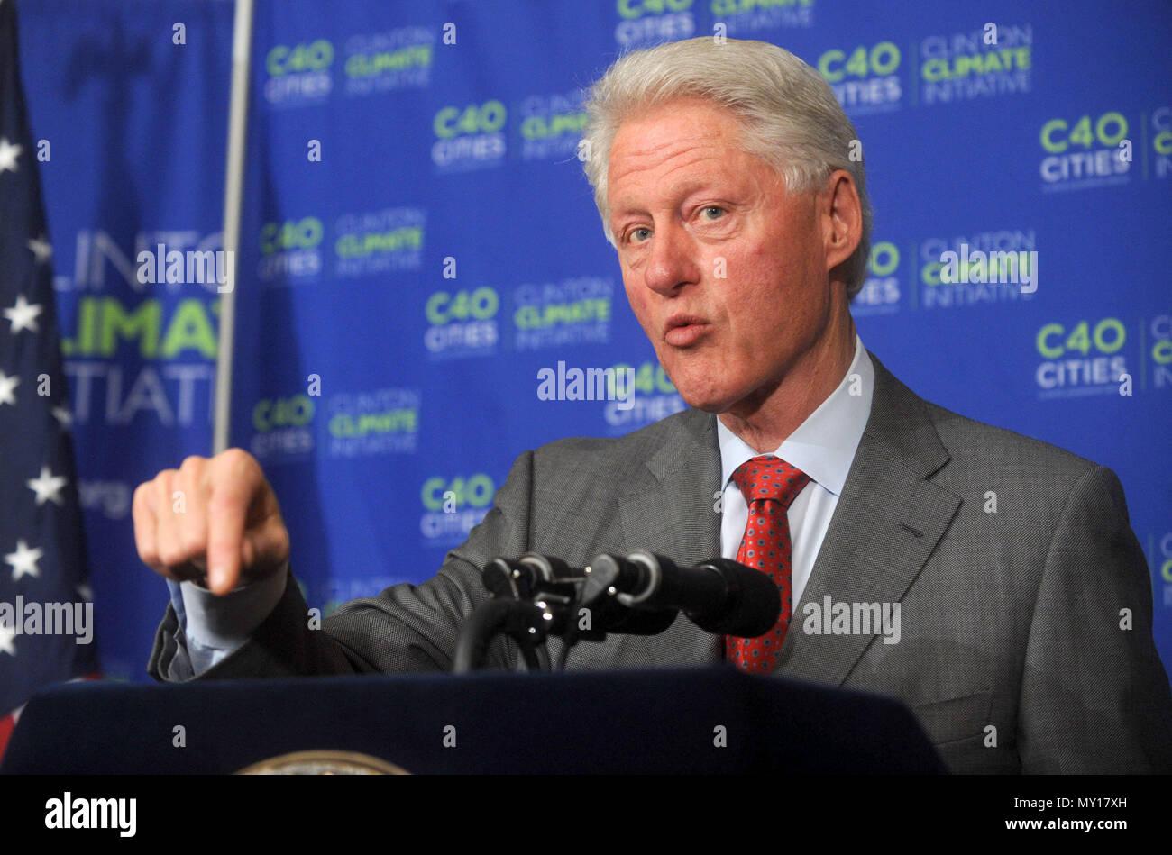 CYDADA Bill Clinton Black and White Mens Vest