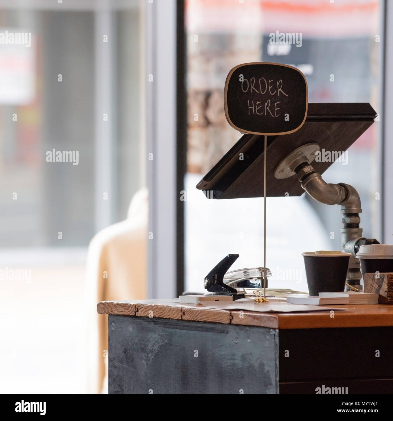 Contemporary Cappuccino Connect It Computer: Order Here Sign Stock Photos & Order Here Sign Stock