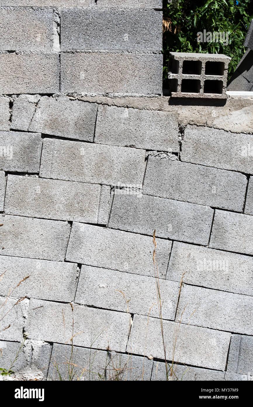Block Wall Construction : Breeze block stock photos images alamy