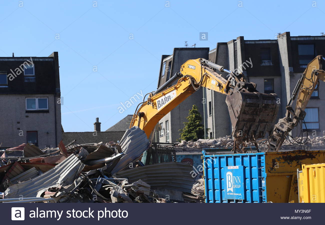 Rubble of Butterburn Square Hilltown Dundee Scotland  June 2018 - Stock Image