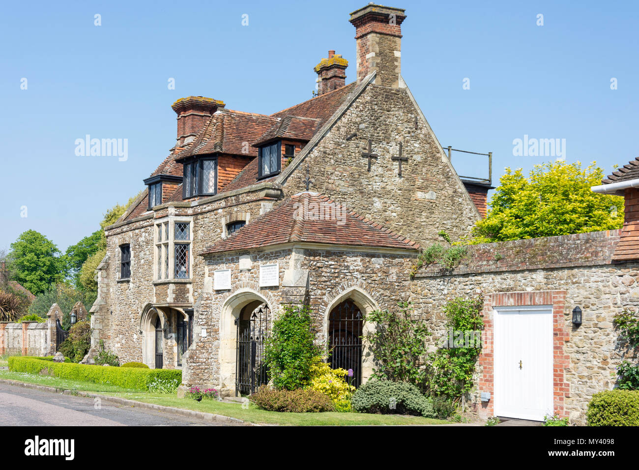 The 13th century Armoury and Town Well, Castle Street, Winchelsea, East Sussex, England, United Kingdom - Stock Image