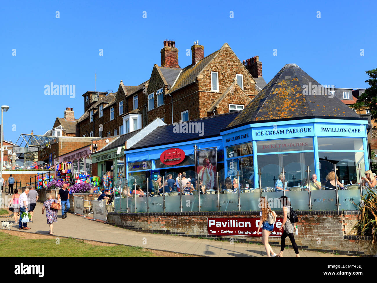 Hunstanton, shops, cafes, ice cream parlours, girt shops, seaside resort, town, Norfolk. Stock Photo