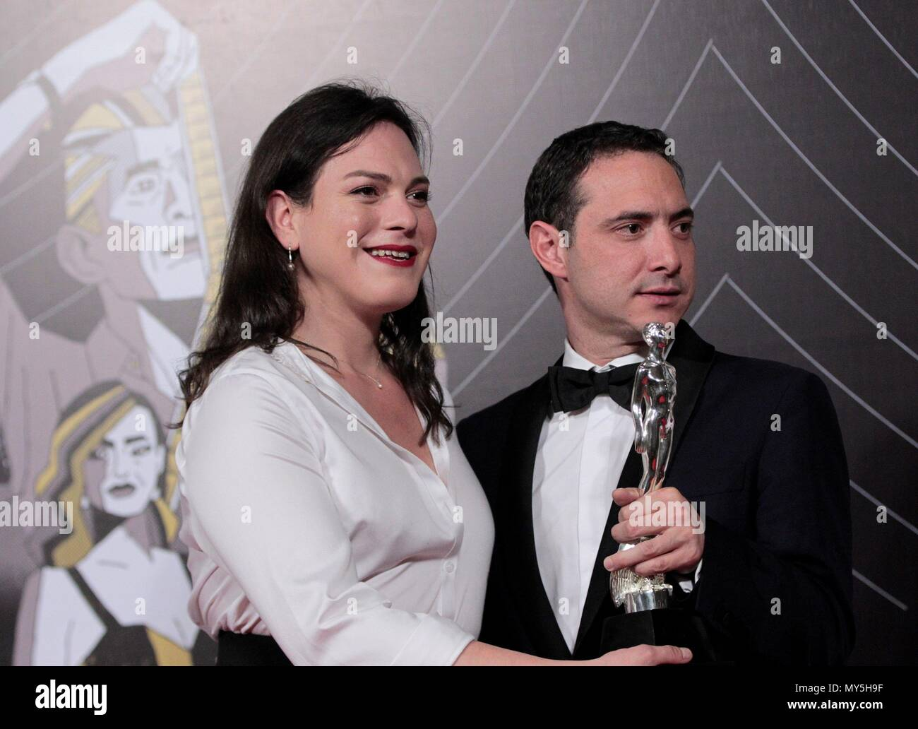 Chilean actress Daniela Vega and producer Sebastian Lelio pose with their Arial Award to the Best Ibero-American Film for 'A Fantastic Woman' during Mexico's 60th Ariel Film Awards handover ceremony held in Mexico City, Mexico, 05 June 2018 (issued on 06 June). EFE/ Jorge Nunez - Stock Image