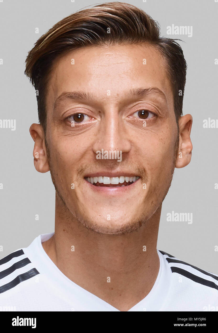 Handout Time And Place Unknown Mesut Zil Player Of The German