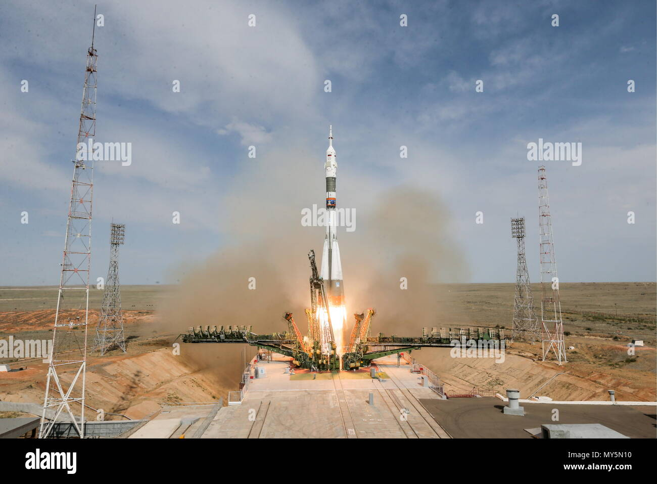 Kazakhstan. 06th June, 2018. KYZYLORDA REGION, KAZAKHSTAN - JUNE 6, 2018: A Soyuz-FG rocket booster carrying the Soyuz MS-09 spacecraft to the International Space Station, has been launched from Gagarin's Start at the Baikonur Cosmodrome. Sergei Savostyanov/TASS Credit: ITAR-TASS News Agency/Alamy Live News - Stock Image