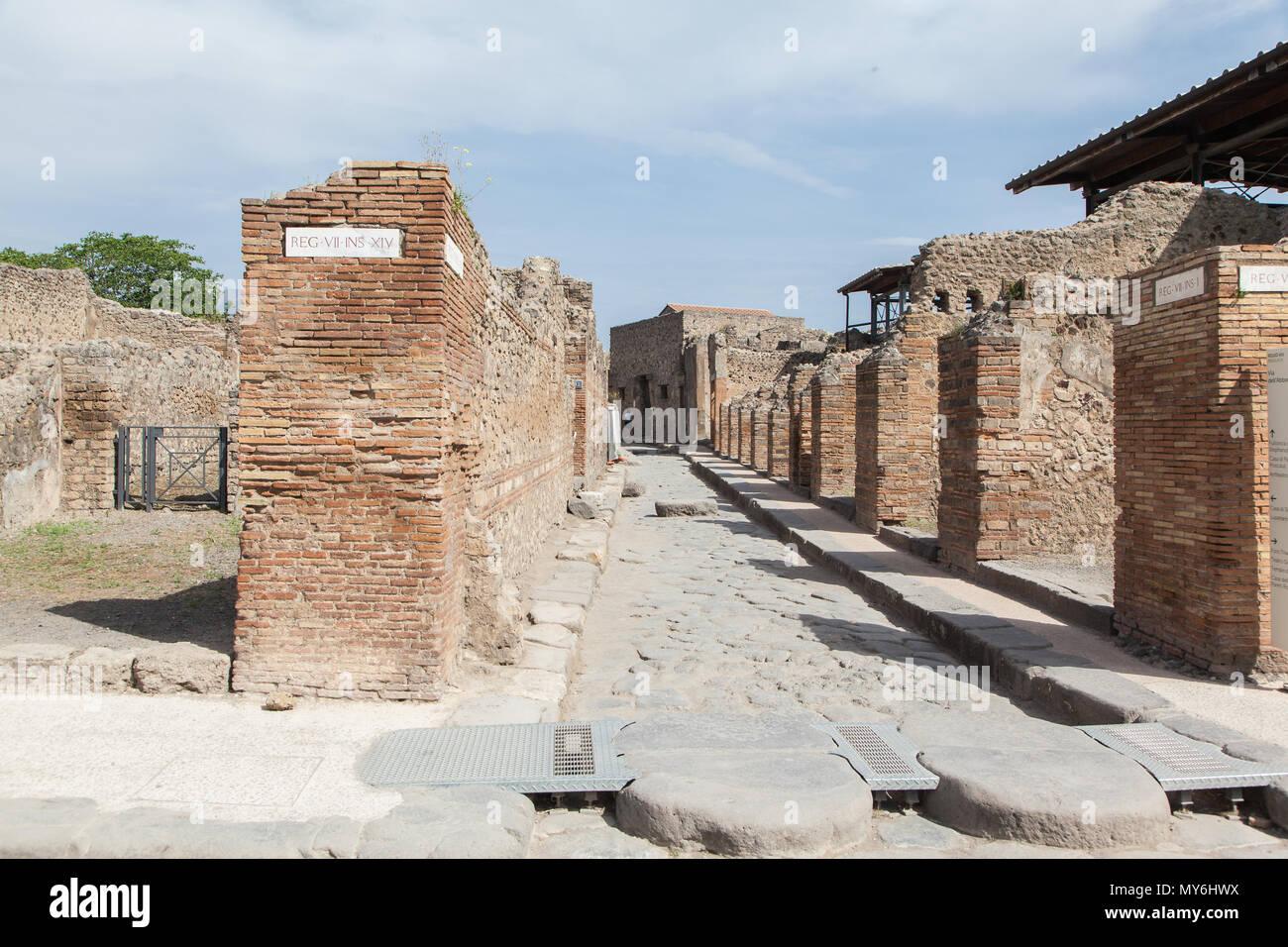 Ausgrabungsstätte Pompeji Neapel Vesuv - Stock Image