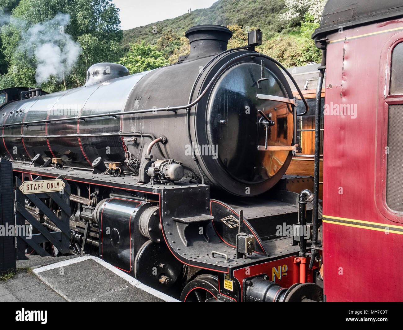 LNER B1 4-6-0 locomotive 1264 (BR 6124). Designed by Edward Thomson 410 were built between 1942 and 1952. This loco entered service in 1947 Stock Photo