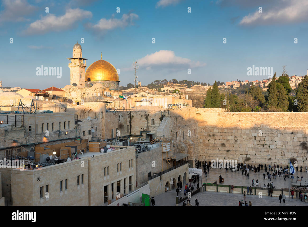 Western Wall and golden Dome of the Rock in Jerusalem Old City, Israel - Stock Image