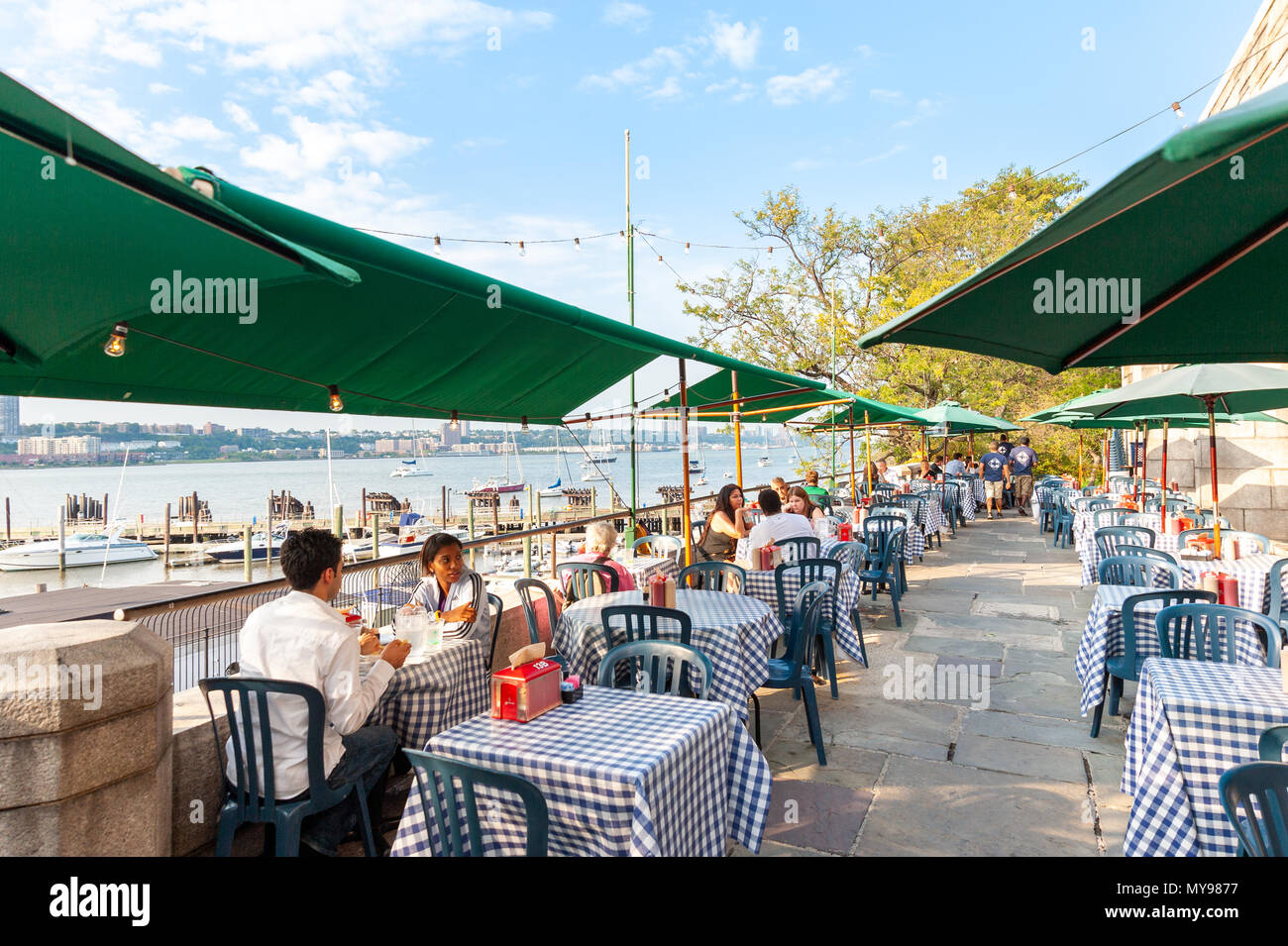 Central Park Boat Basin Cafe