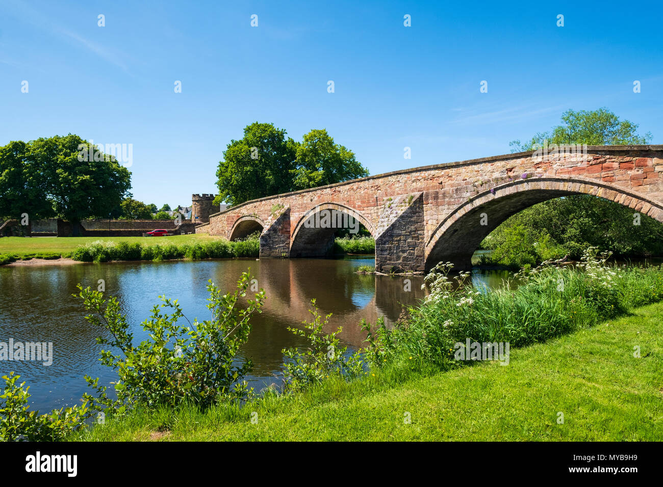 Nungate Bridge and River Tyne at Haddington, East Lothian, Scotland, UK - Stock Image