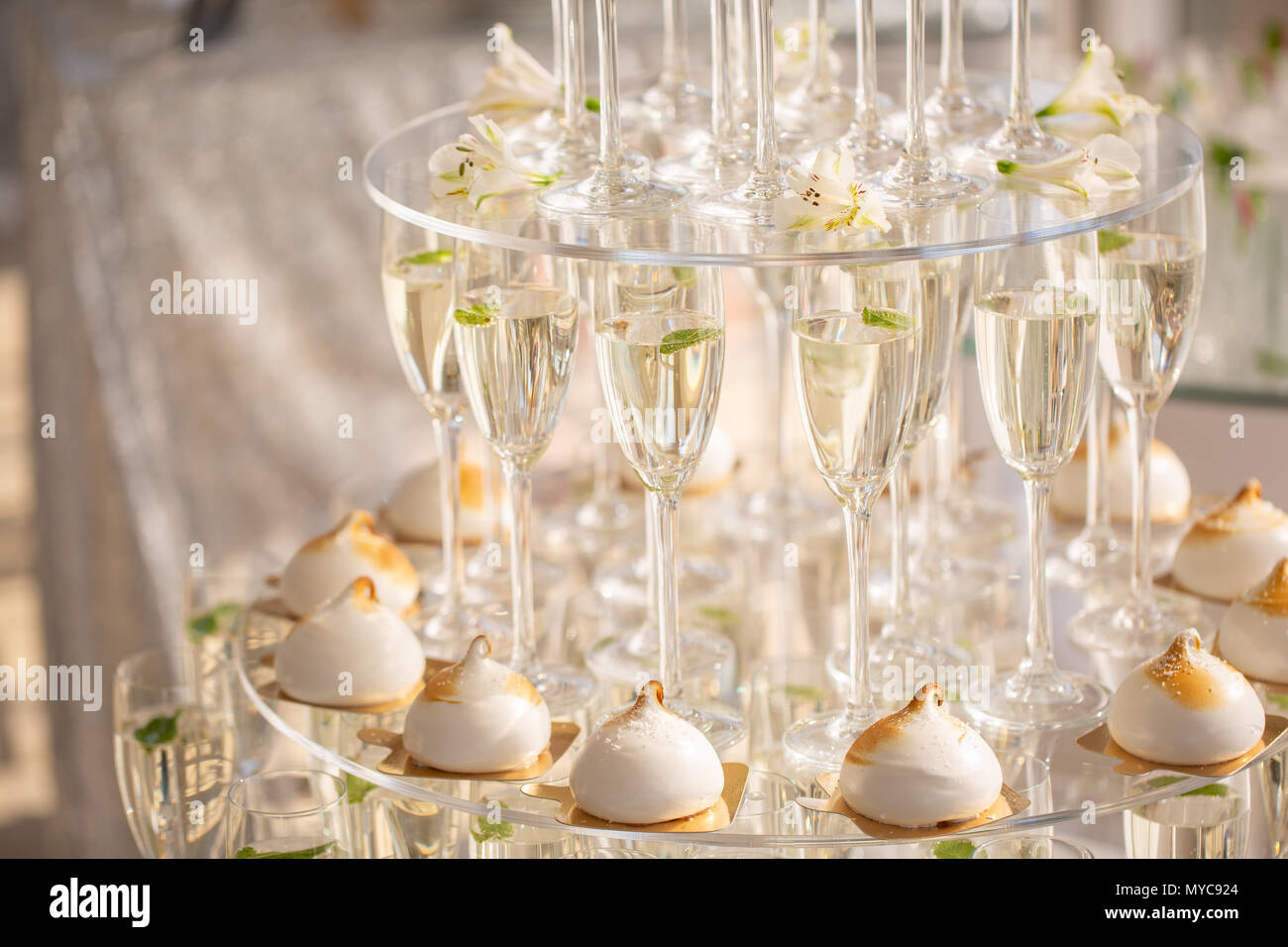 Champagne pyramid as decoration of your banquet 98