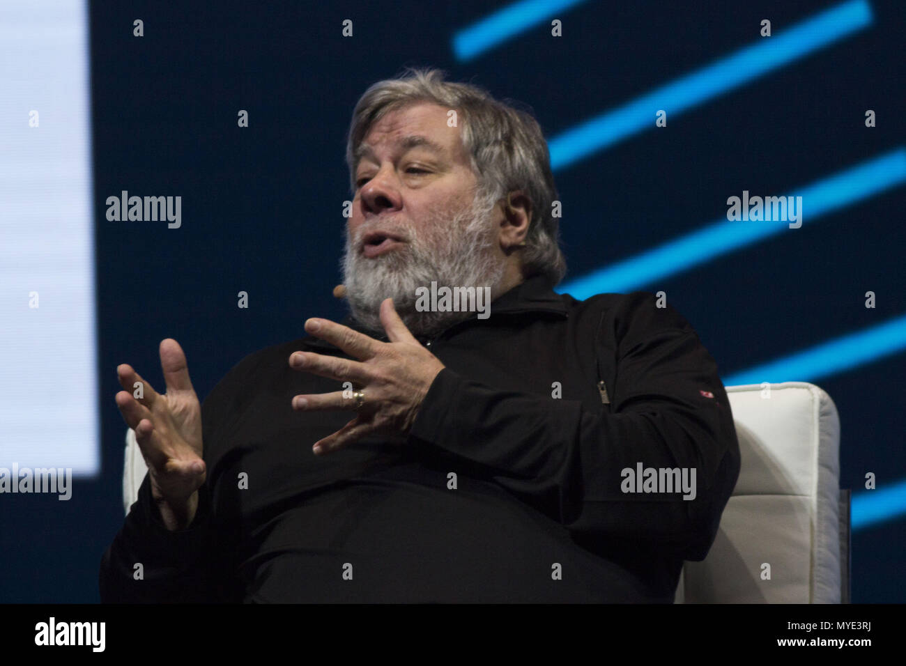 Bogota, Colombia. June 6, 2018 - The founder of technology giant Apple, Steve Wozniak speaks in the second day in the World Of Business Ideas in Bogotá, Colombia Credit: Daniel AndréS GarzóN Herazo/ZUMA Wire/Alamy Live News - Stock Image