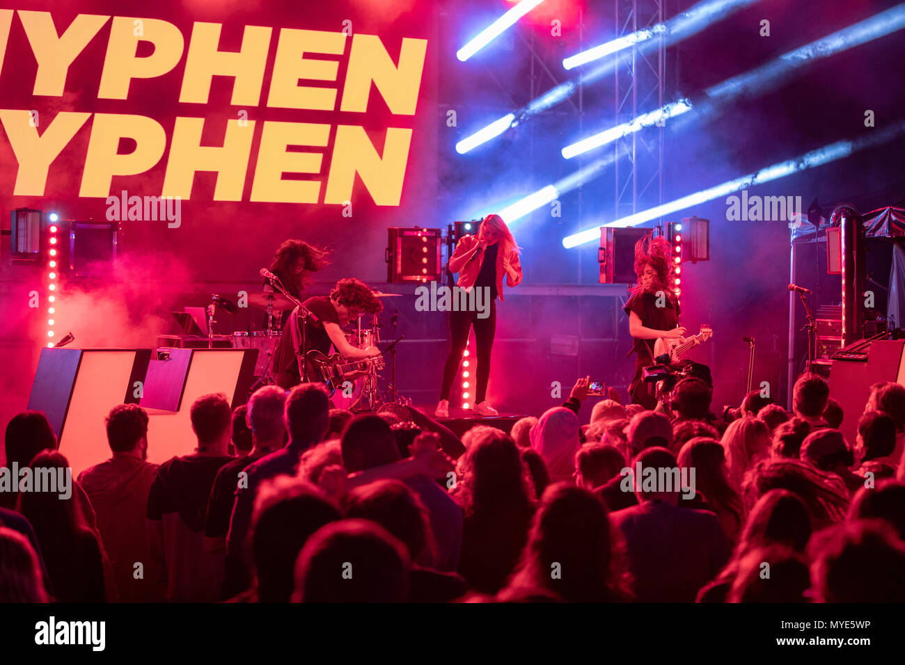 Cannes, France, 6 June 2018, Hyphen Hyphen in concert at Midem 2018, Midem Beach, Cannes © ifnm / Alamy Live News - Stock Image