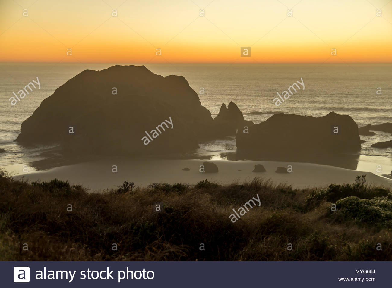 Sisters Rocks State Park along the Oregon Coastal Highway. - Stock Image