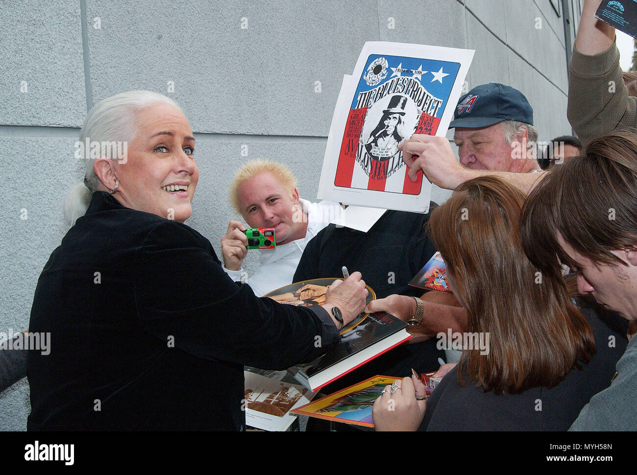 Grace Slick signing authograph after been inducted on the Rock Walk of Fame at the Guitar Center in Los Angeles. October 22, 2002.           -            GraceSlick_RockWalkOfFame01.jpgGraceSlick_RockWalkOfFame01  Event in Hollywood Life - California, Red Carpet Event, USA, Film Industry, Celebrities, Photography, Bestof, Arts Culture and Entertainment, Topix Celebrities fashion, Best of, Hollywood Life, Event in Hollywood Life - California, movie celebrities, TV celebrities, Music celebrities, Topix, Bestof, Arts Culture and Entertainment, Photography,    inquiry tsuni@Gamma-USA.com , Credit  - Stock Image