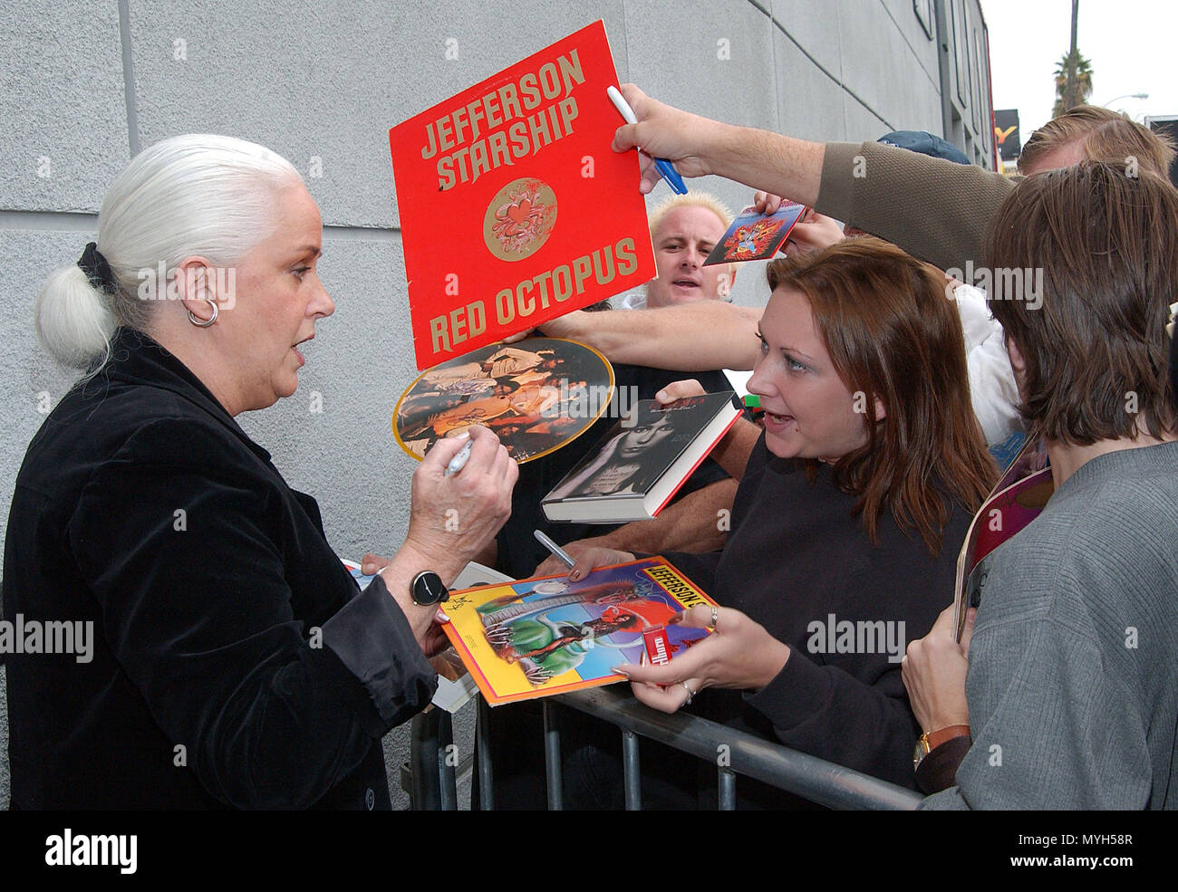 Grace Slick signing authograph after been inducted on the Rock Walk of Fame at the Guitar Center in Los Angeles. October 22, 2002.            -            GraceSlick_RockWalkOfFame02.jpgGraceSlick_RockWalkOfFame02  Event in Hollywood Life - California, Red Carpet Event, USA, Film Industry, Celebrities, Photography, Bestof, Arts Culture and Entertainment, Topix Celebrities fashion, Best of, Hollywood Life, Event in Hollywood Life - California, movie celebrities, TV celebrities, Music celebrities, Topix, Bestof, Arts Culture and Entertainment, Photography,    inquiry tsuni@Gamma-USA.com , Credit - Stock Image