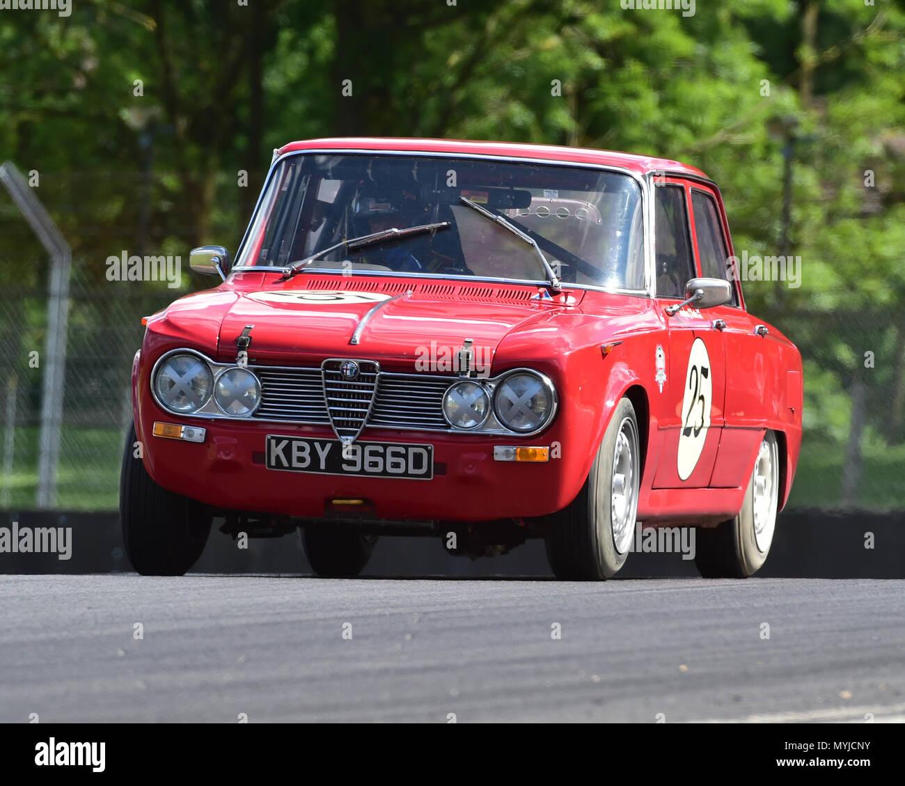 Alfa Romeo Giulia Super Stock Photos & Alfa Romeo Giulia